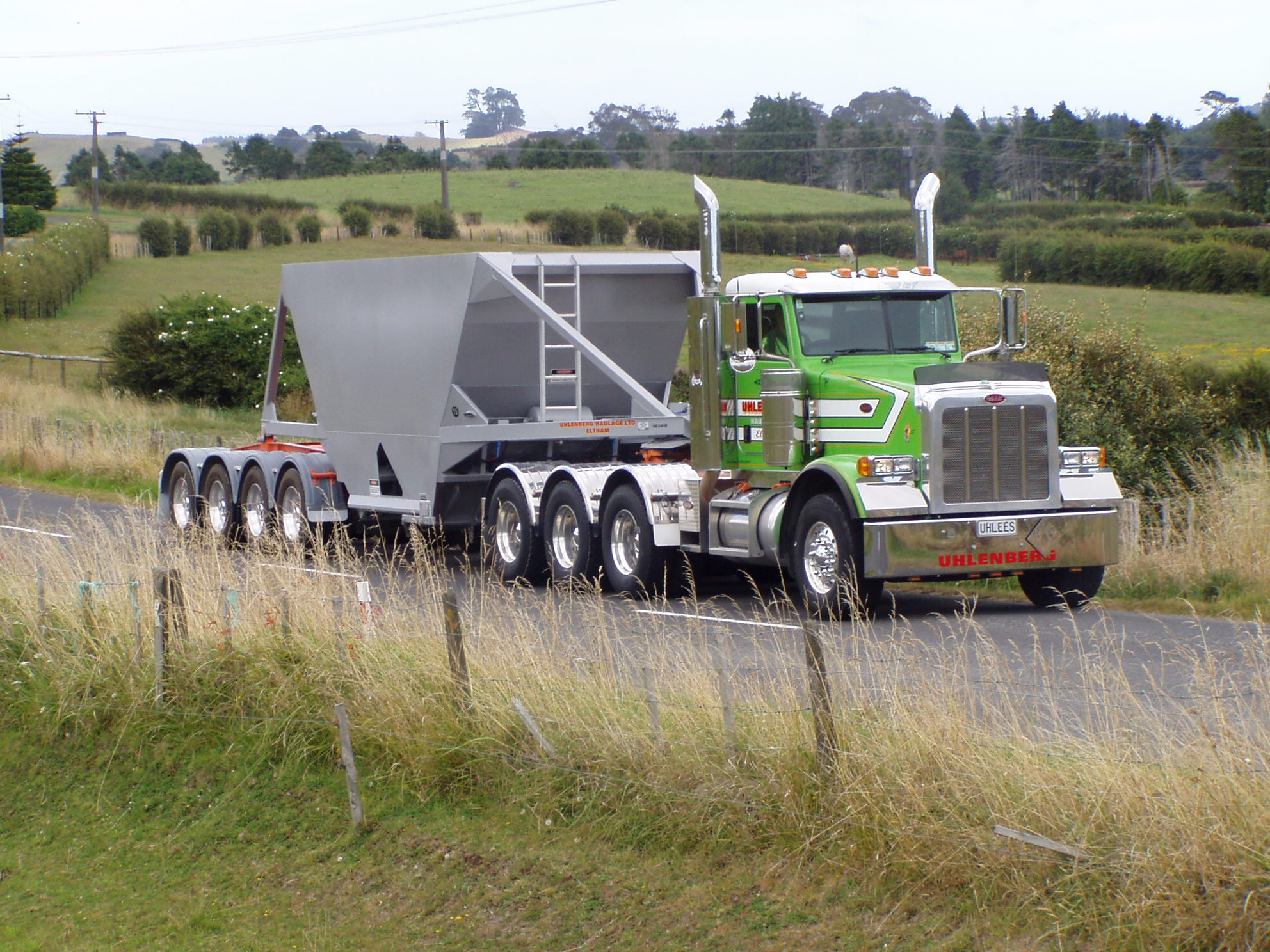 TES - Transport Engineering Southland | Belly/Bottom Dumper - Four Axle Semi