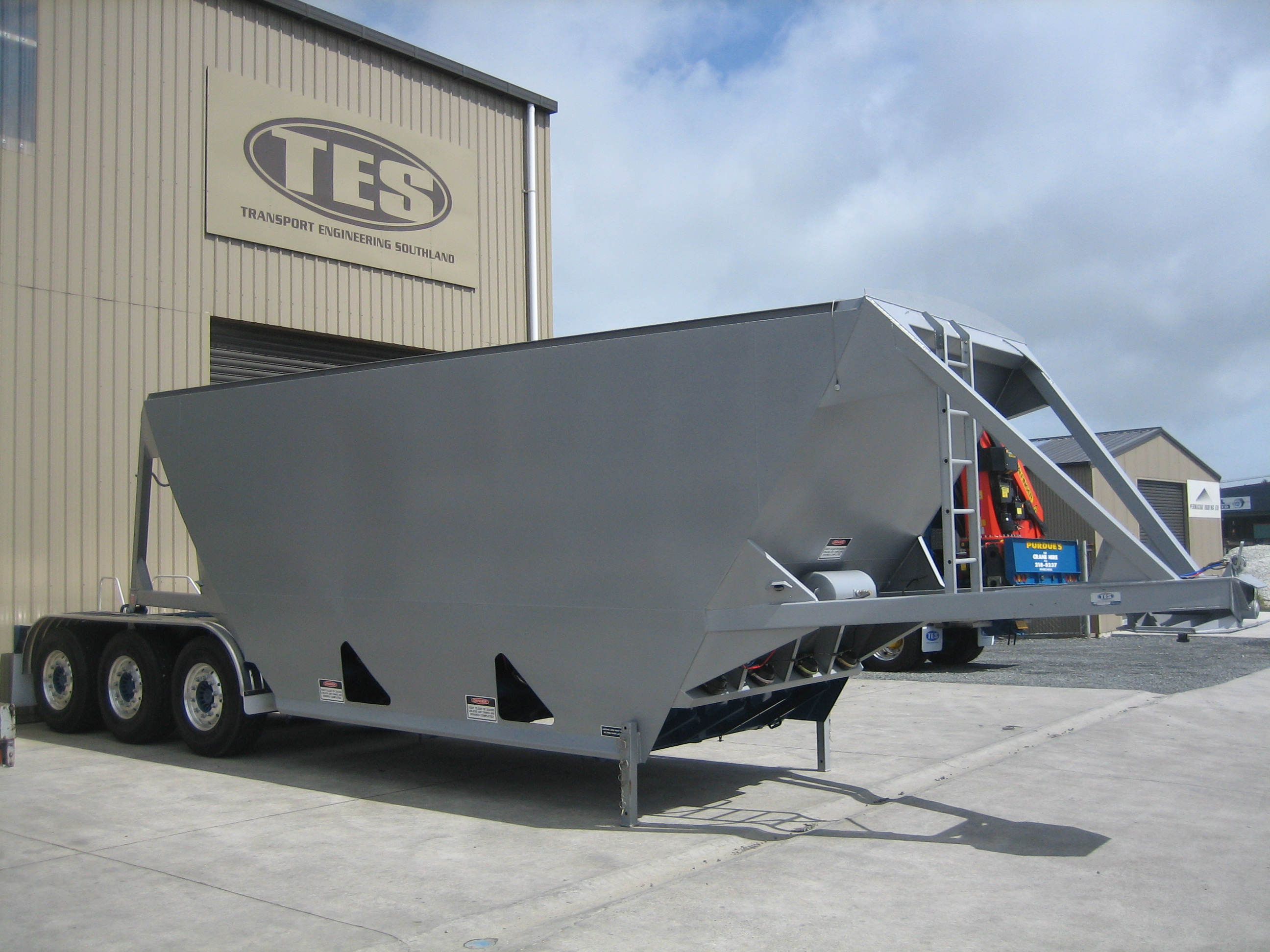 TES - Transport Engineering Southland | Belly/Bottom Dumper - Custom