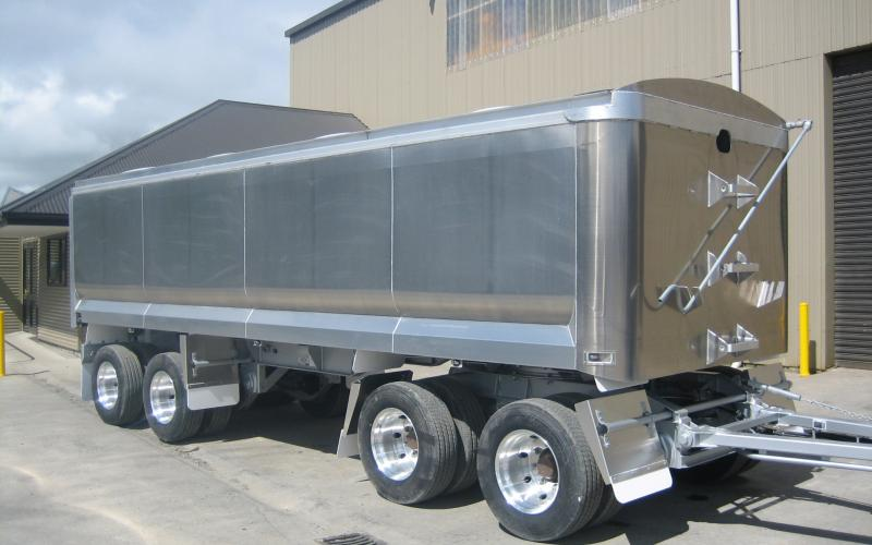 TES - Transport Engineering Southland | 4 Axle alloy | Bathtub trailer
